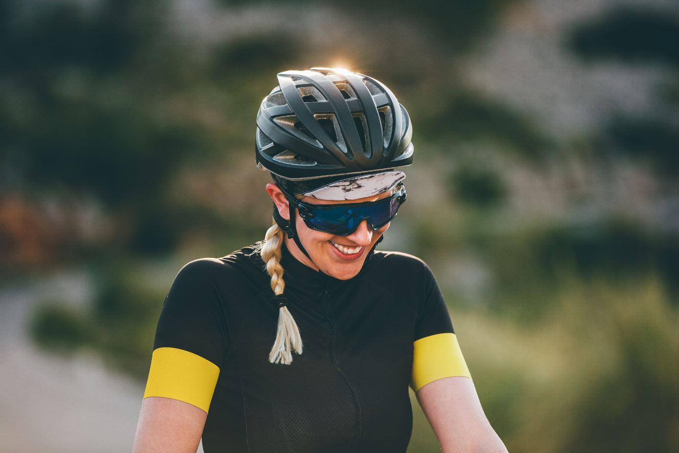 Fahrradbekleidung - der Kopf: auf Passform und Belüftung achten!