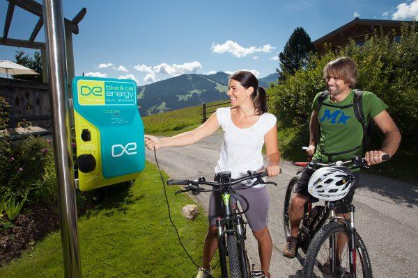 E-Bike Ladestation & Tankstelle – das E-Bike unterwegs aufladen