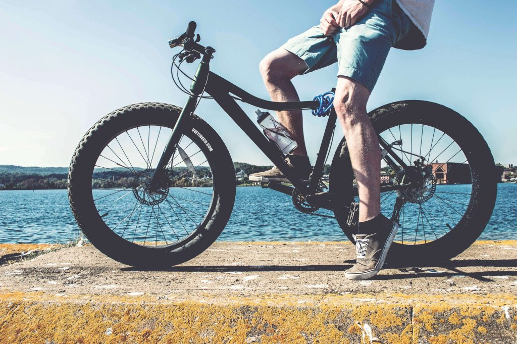 fahrrad e bike f r bergewichtige in bergr en. Black Bedroom Furniture Sets. Home Design Ideas