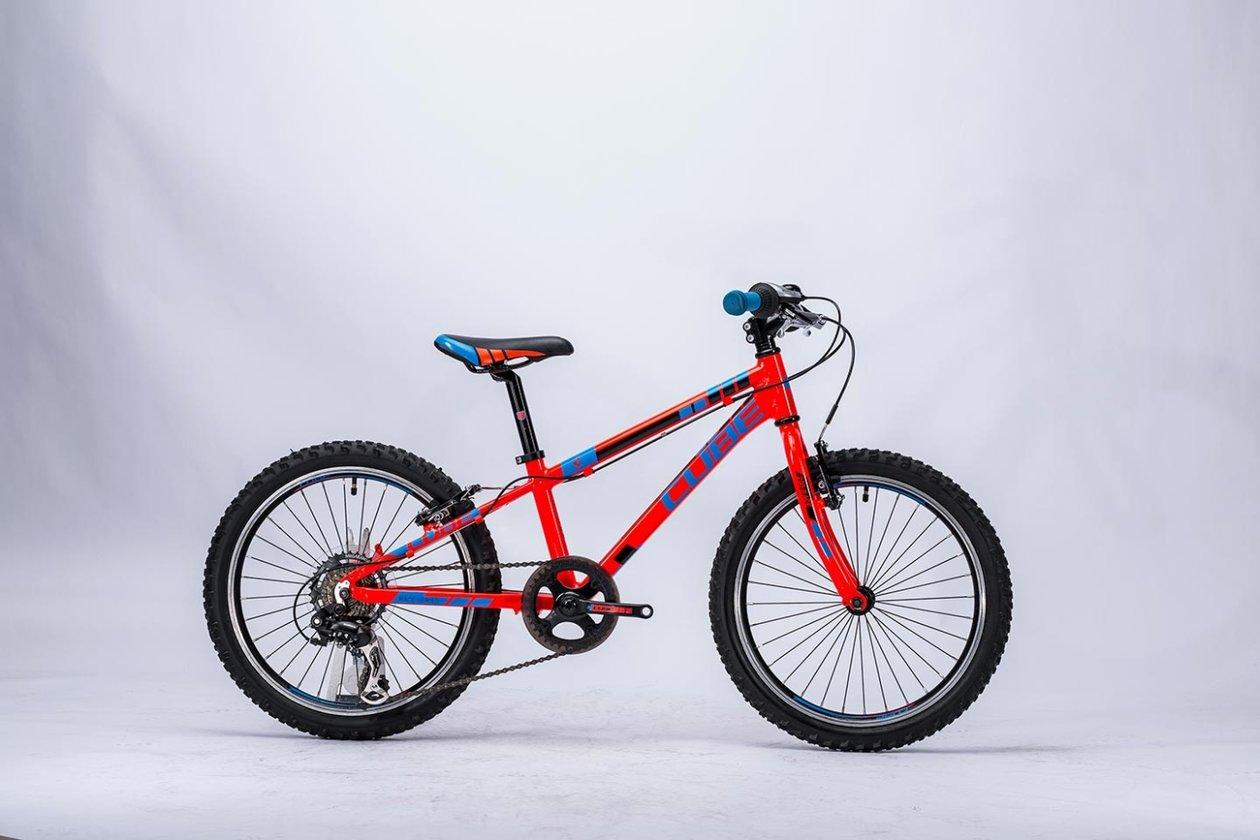 cube kid 200 action team 2016 20 zoll g nstig kaufen fahrrad xxl. Black Bedroom Furniture Sets. Home Design Ideas