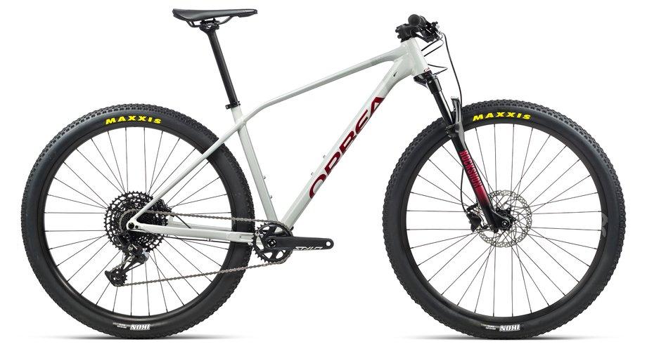 Fahrräder/Mountainbikes: Orbea  Alma H10-EAGLE Weiß Modell 2021